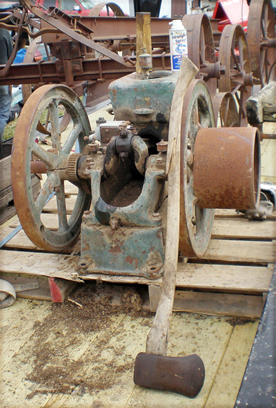 Penetrating Oil Fairbanks Morse 3 Horse Stuck Engine Is